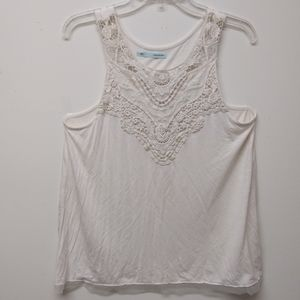 Maurices Embroidered Tank Top Size L